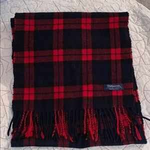 BURBERRYS WOOL BLACK RED PLAID SCARF 🧣SCOTLAND